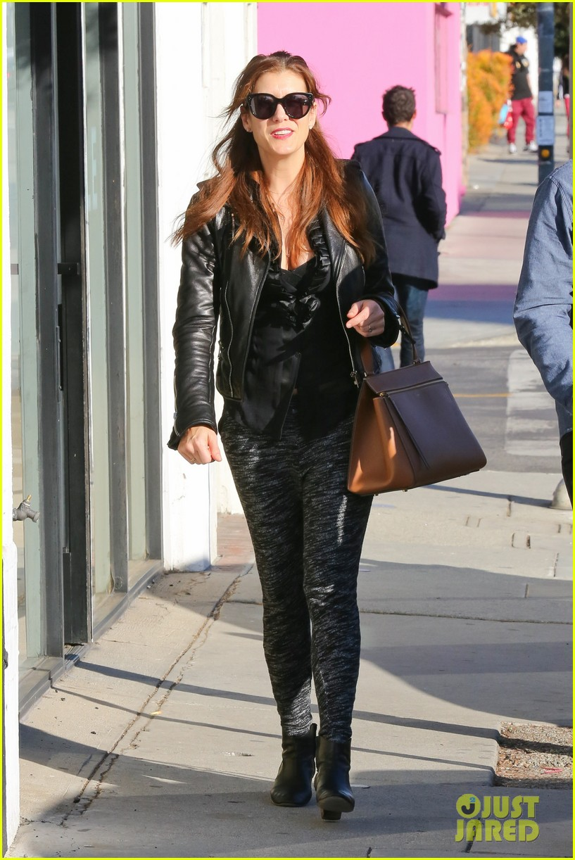 kate walsh shops for holiday presents on melrose 173006282