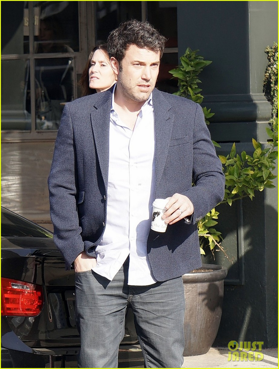 ben affleck steps out after joking about his big dick 163038982