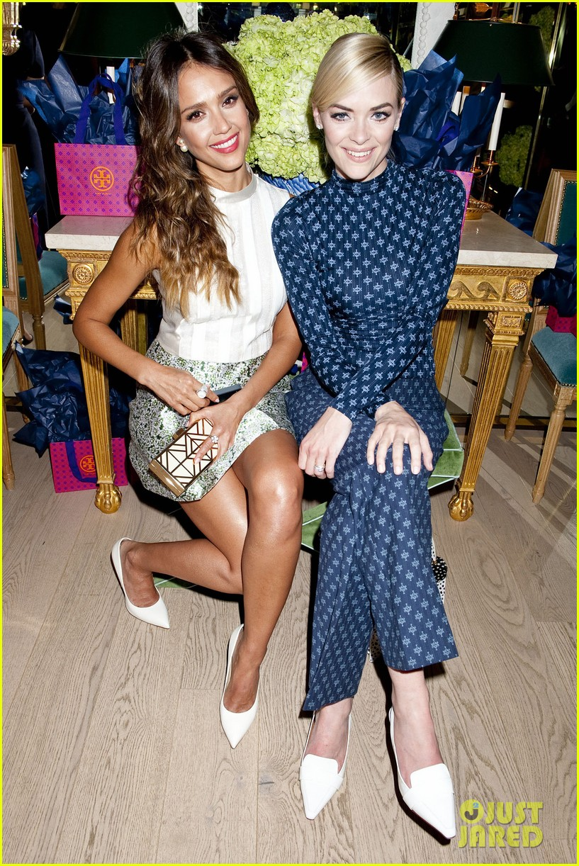 jessica alba jaime king tory burch flagship store opening 09