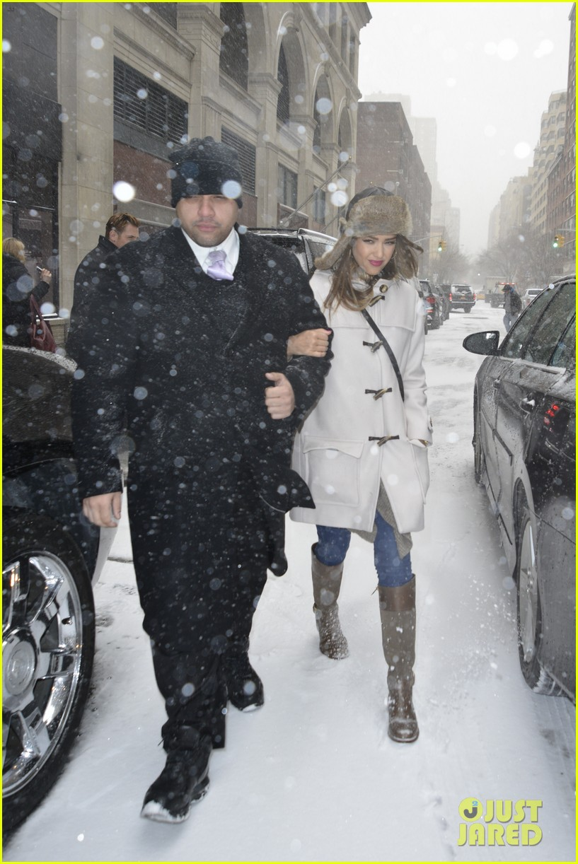 jessica alba snowy new york exit 12