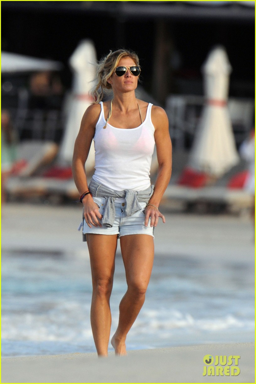 alex roriguez beach stroll with ab boasting torrie wilson 073021029
