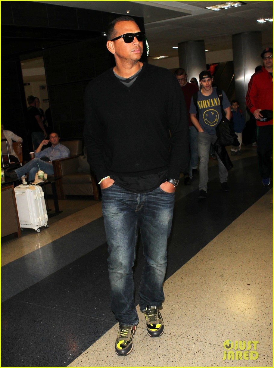 alex rodriguez back in la after attending jay z concert 083023121