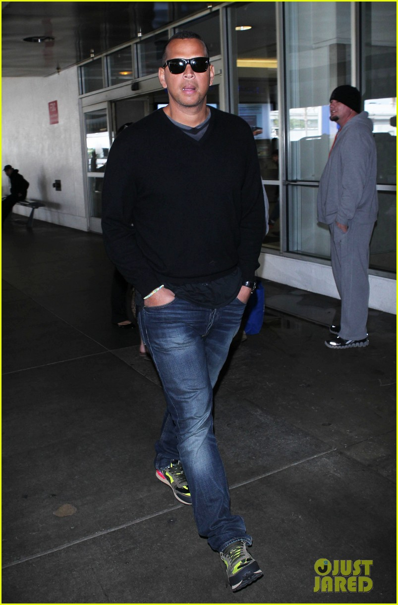 alex rodriguez back in la after attending jay z concert 10