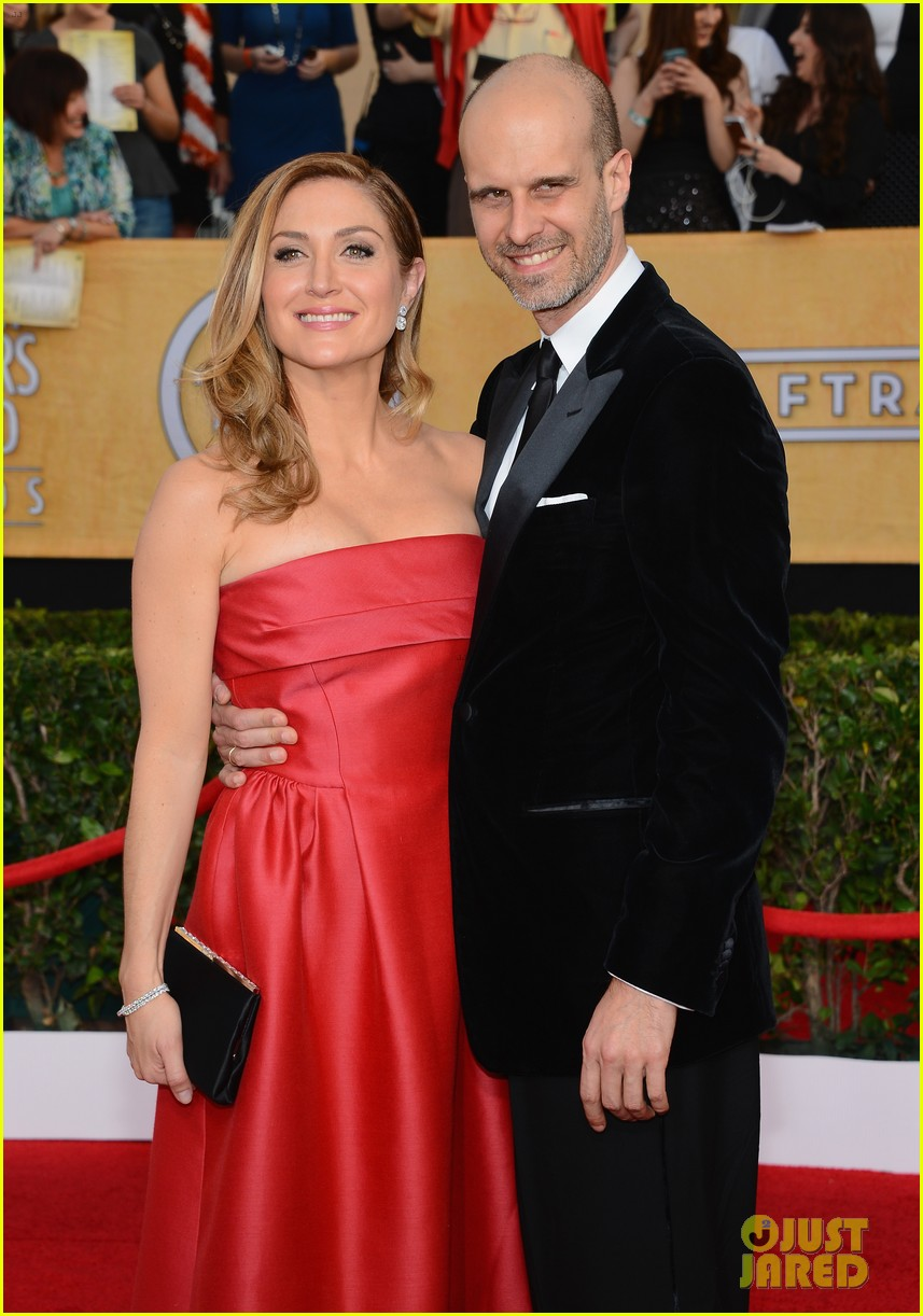 sasha alexander holly hunter sag awards 2014 red carpet 10