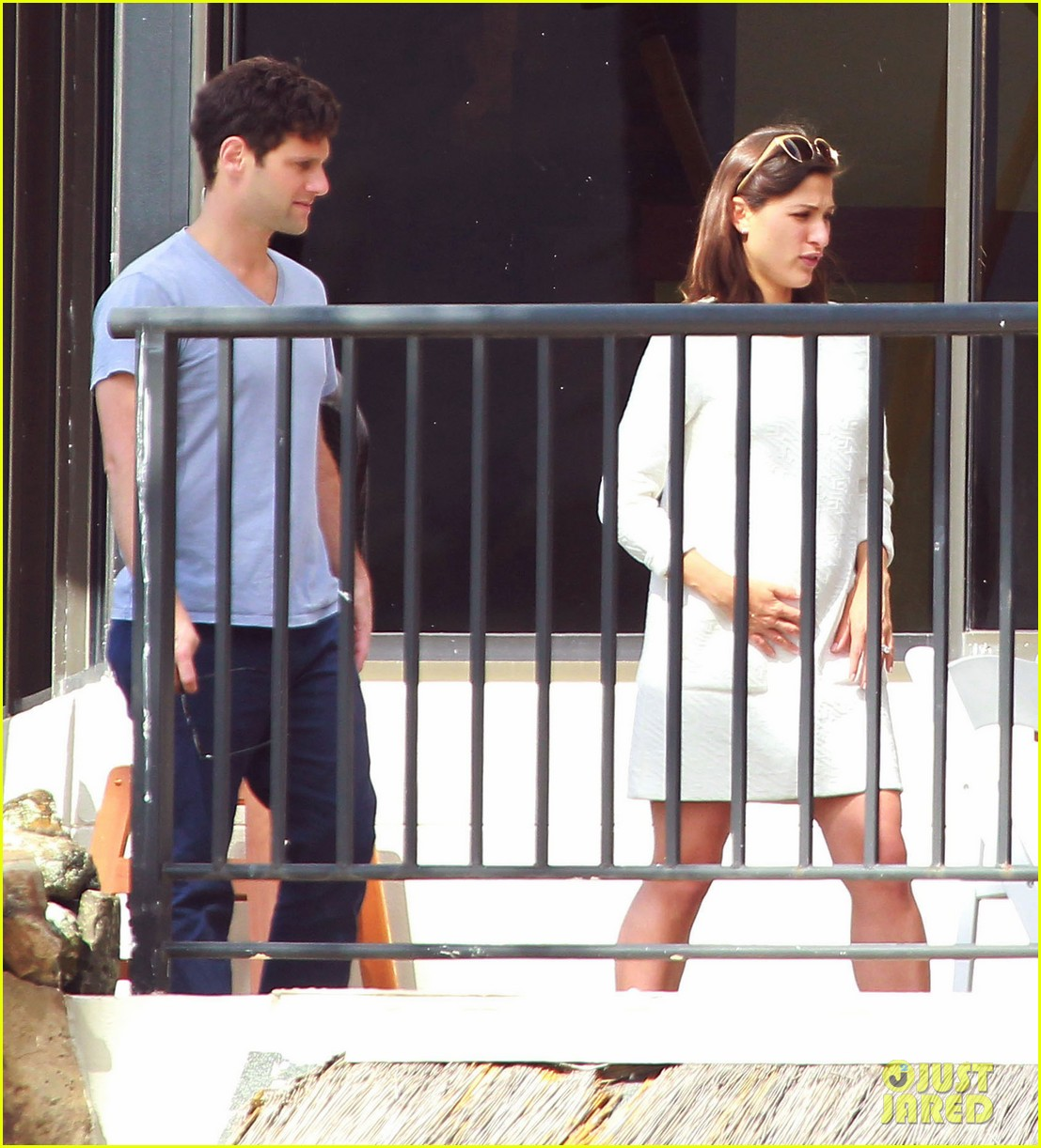 justin bartha new wife lia smith relax after wedding 01