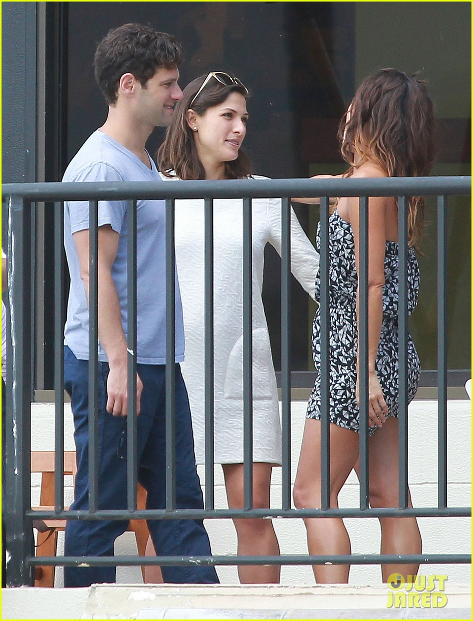 justin bartha new wife lia smith relax after wedding 10