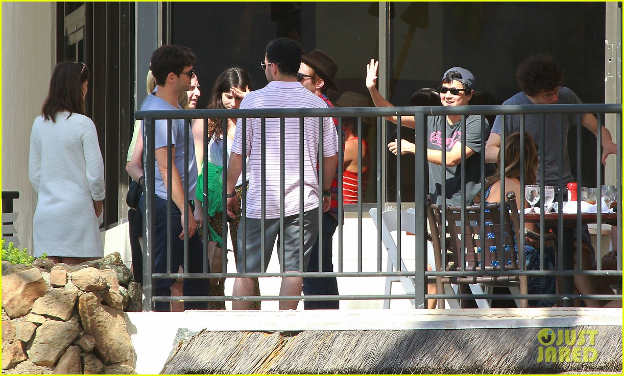 justin bartha new wife lia smith relax after wedding 163023909
