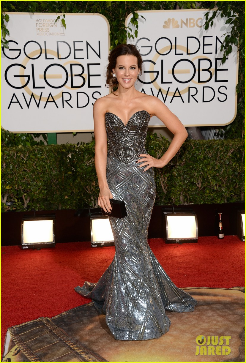 kate beckinsale golden globes 2014 red carpet 04