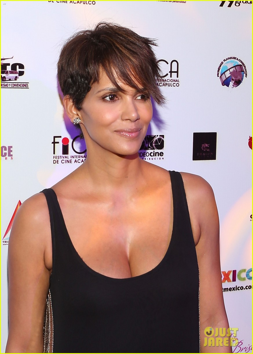 halle berry finds a new husband for her tv show extant 15