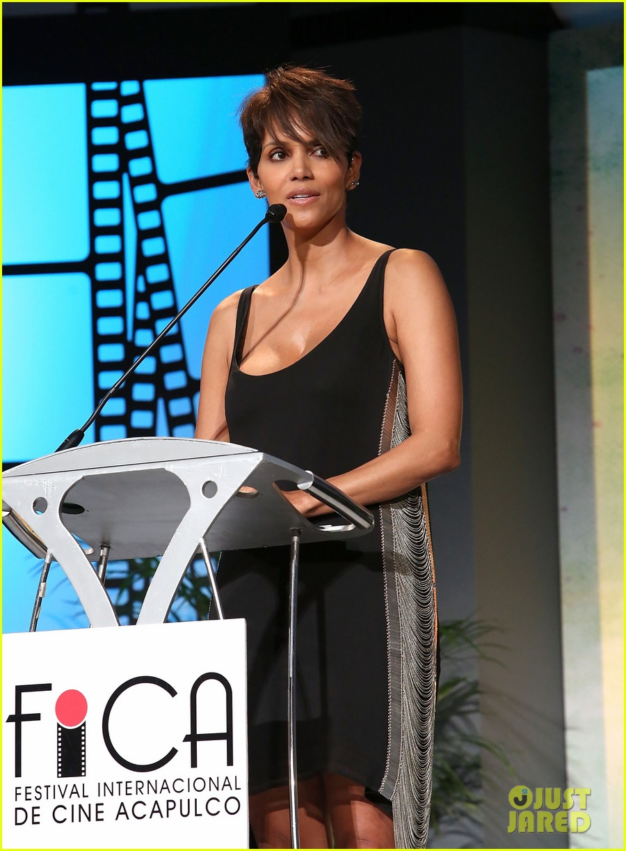 halle berry finds a new husband for her tv show extant 19