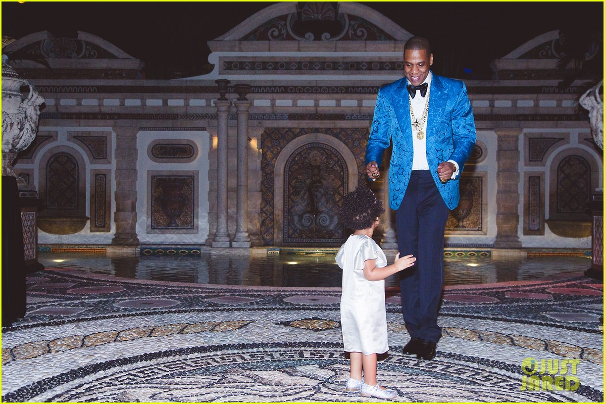 beyonce shares pictures from blue ivy carters birthday party 13