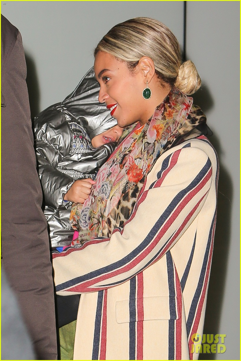 beyonce steps out in the big apple with blue ivy carter 023033231