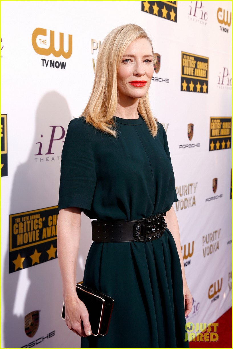 cate blanchett critics choice movie awards 2014 red carpet 04