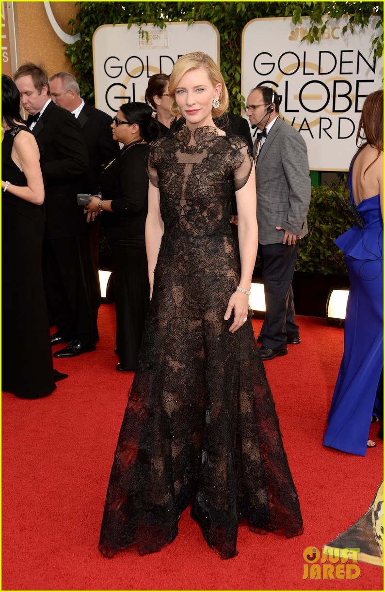 cate blanchett golden globes 2014 red carpet 053029231