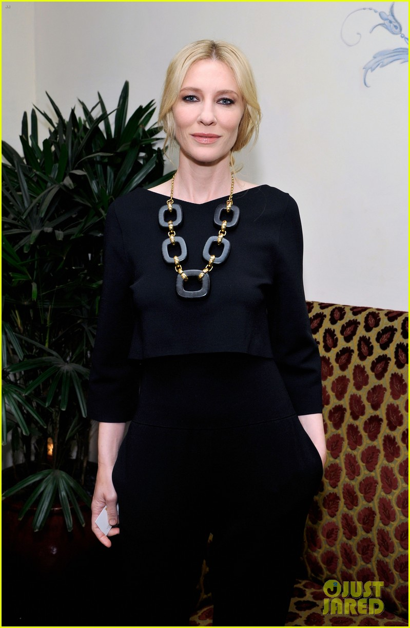 cate blanchett robin wright pre golden globes party 2014 13