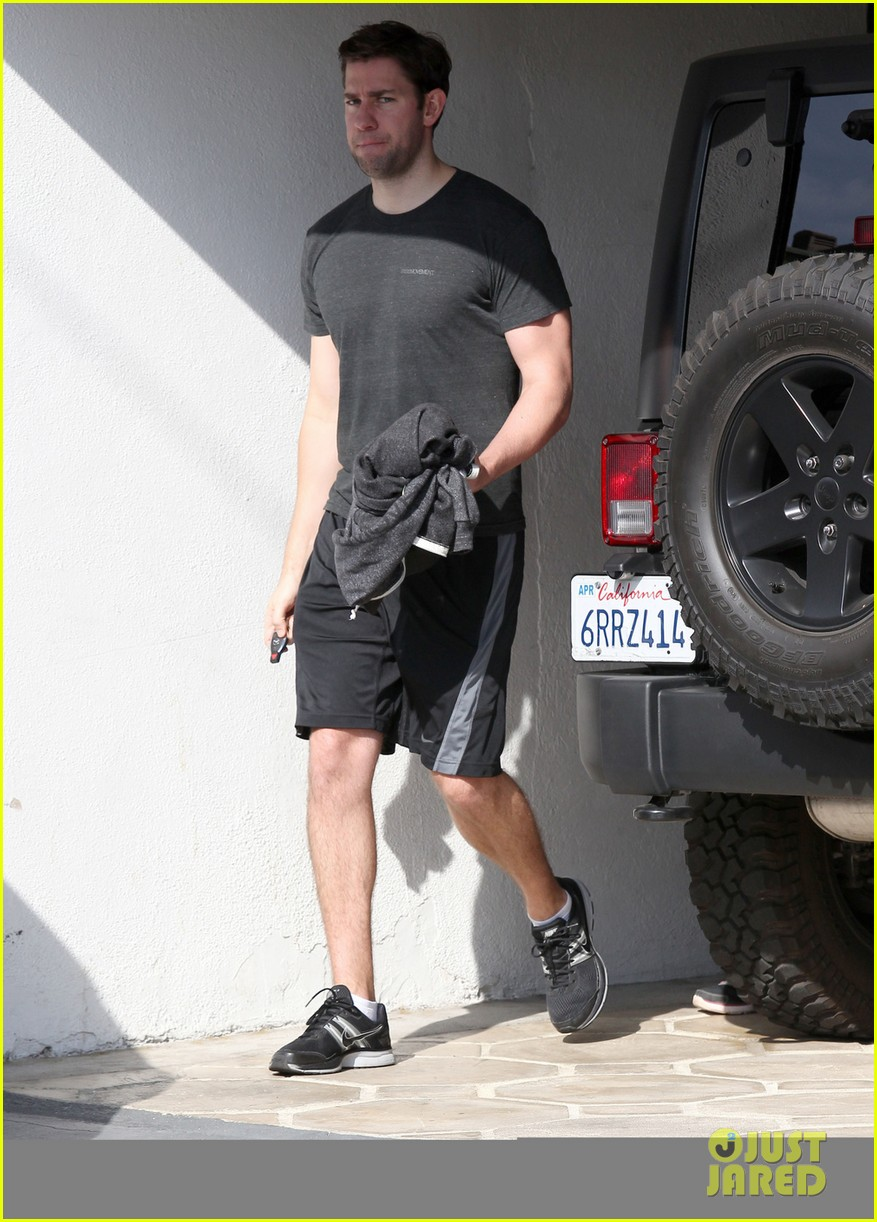 emily blunt john krasinski day date at the gym 033042722