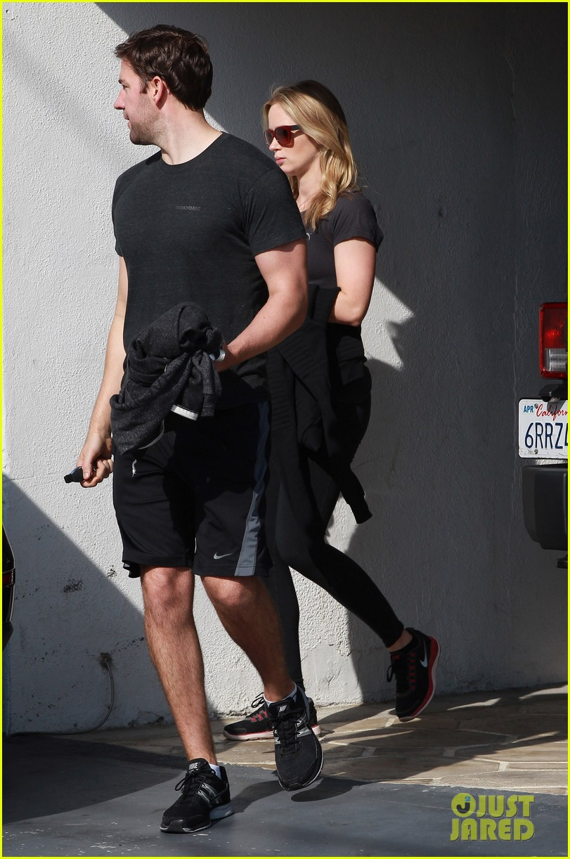 emily blunt john krasinski day date at the gym 053042724