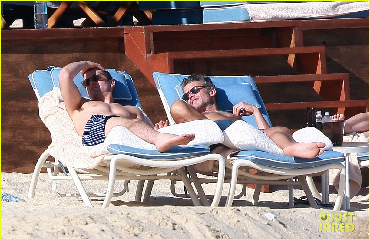 matt bomer shirtless sexy cabo vacation with simon halls 39