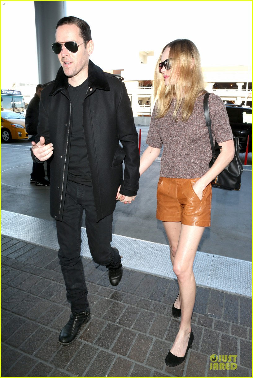 kate bosworth michael polish hold hands for france getaway 19