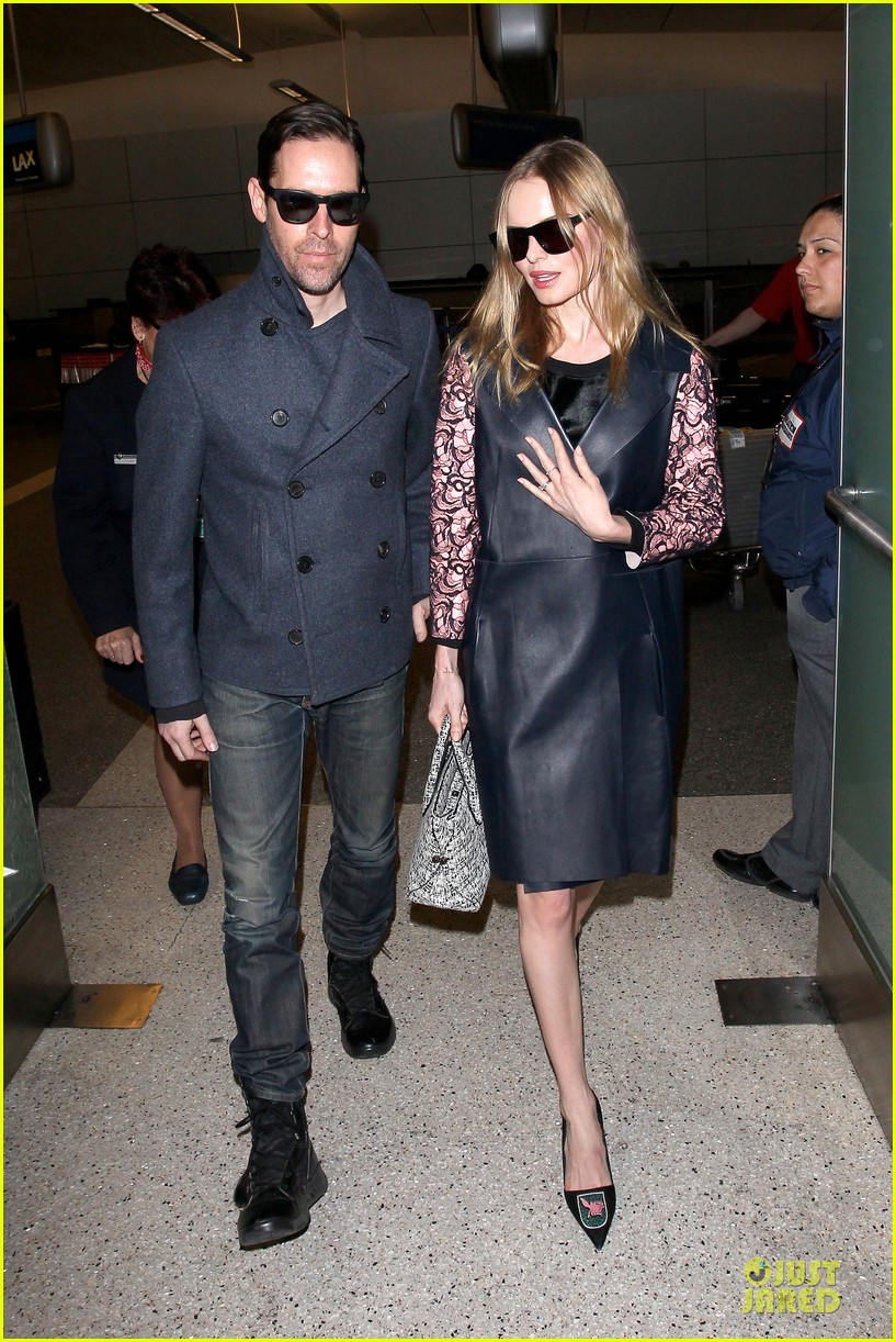kate bosworth international landing at lax 07