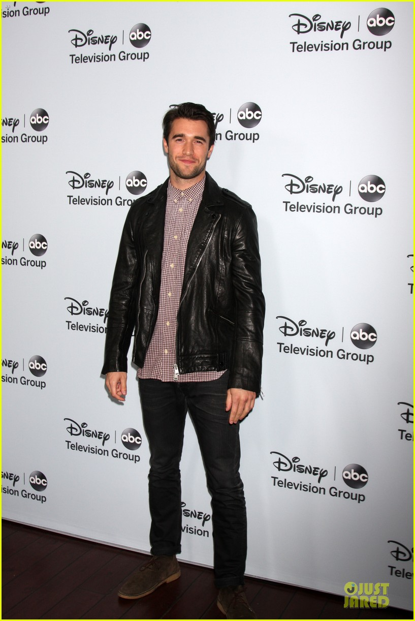 josh bowman christa b allen abc winter tca party 01