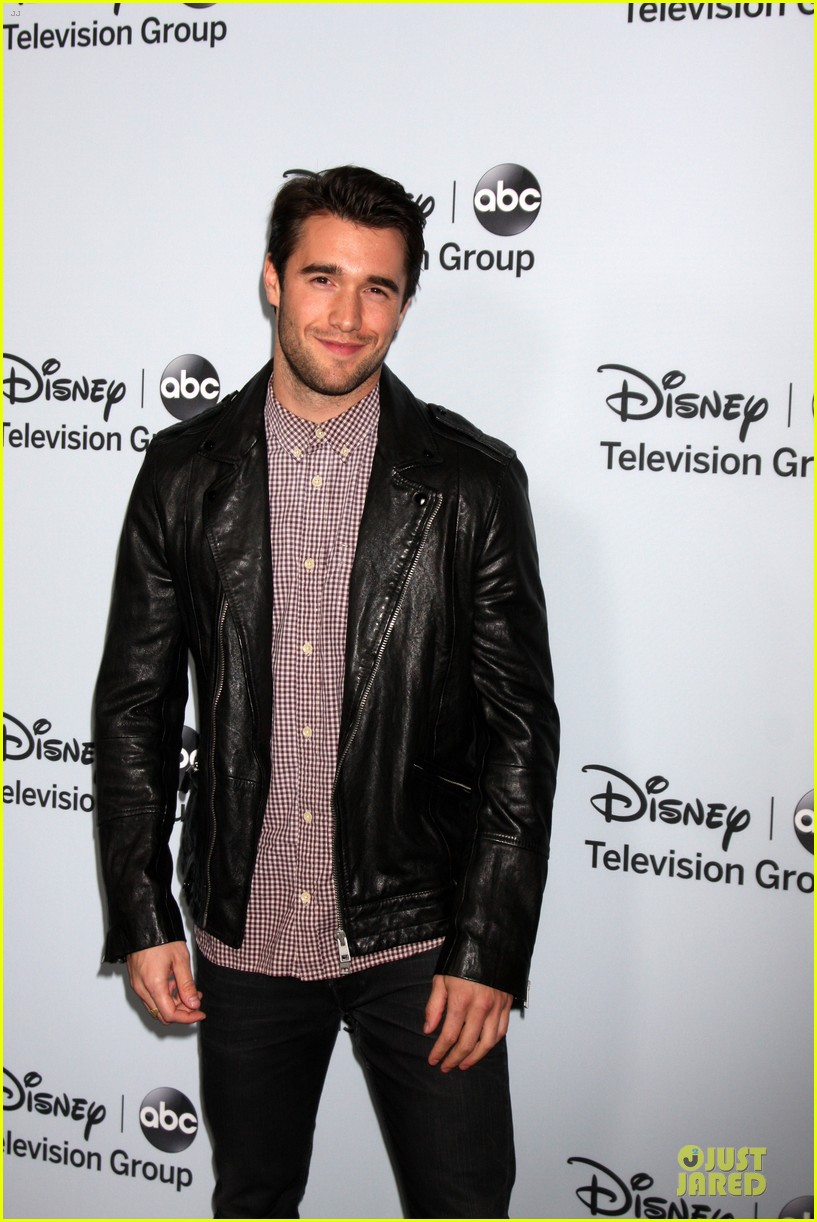 josh bowman christa b allen abc winter tca party 023034408