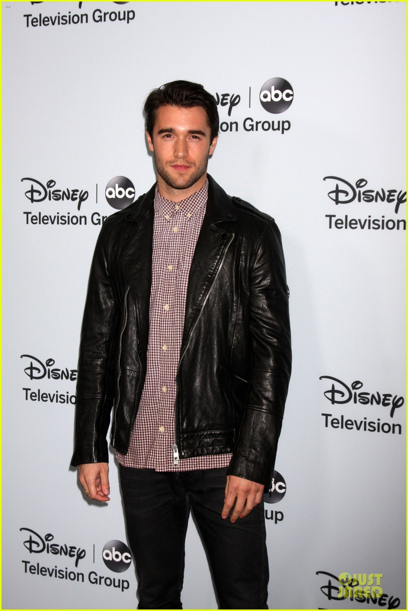 josh bowman christa b allen abc winter tca party 17