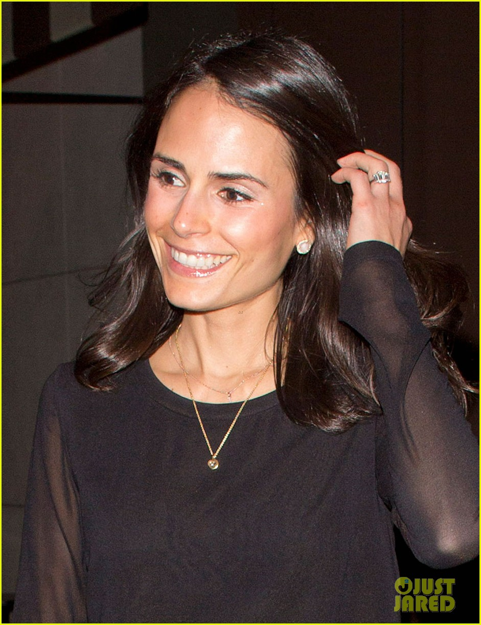 jordana brewster new years eve dinner with andrew form 043021987