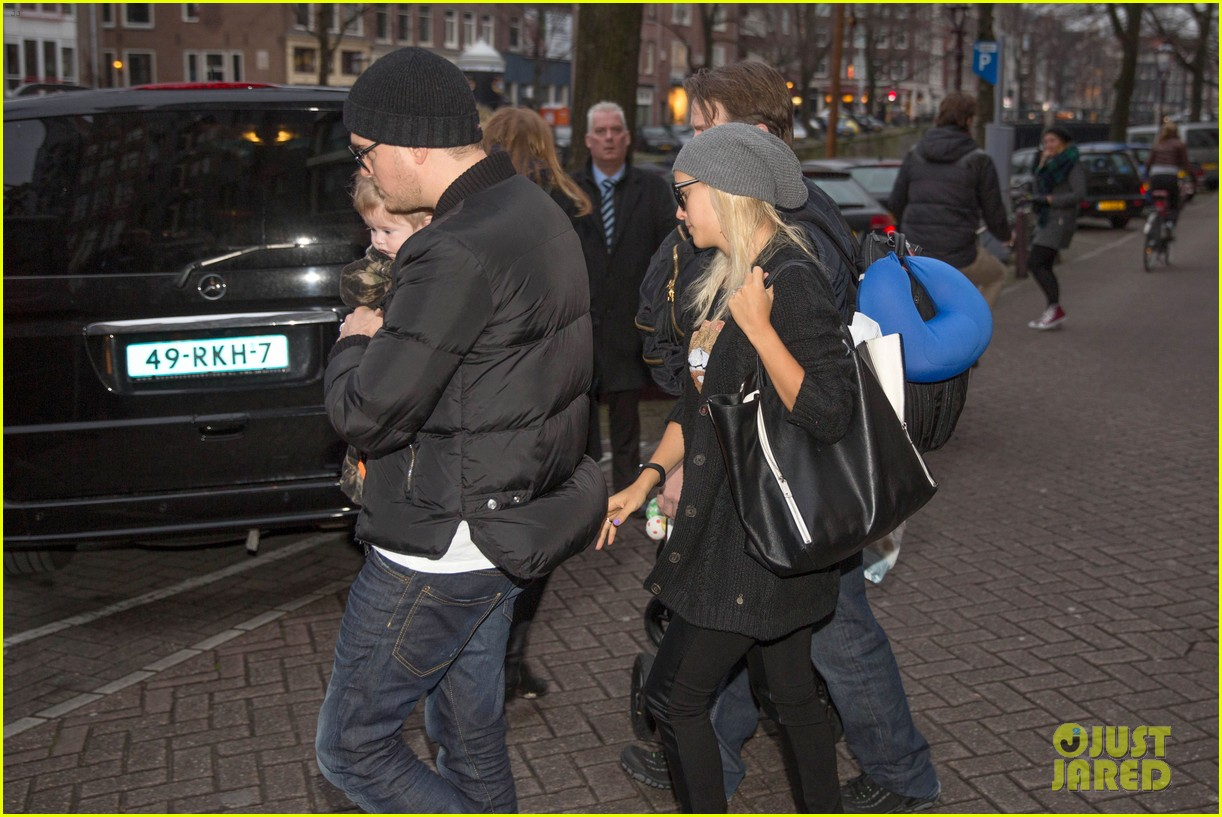 michael buble luisana lopilato amsterdam vacation with baby noah 103036919