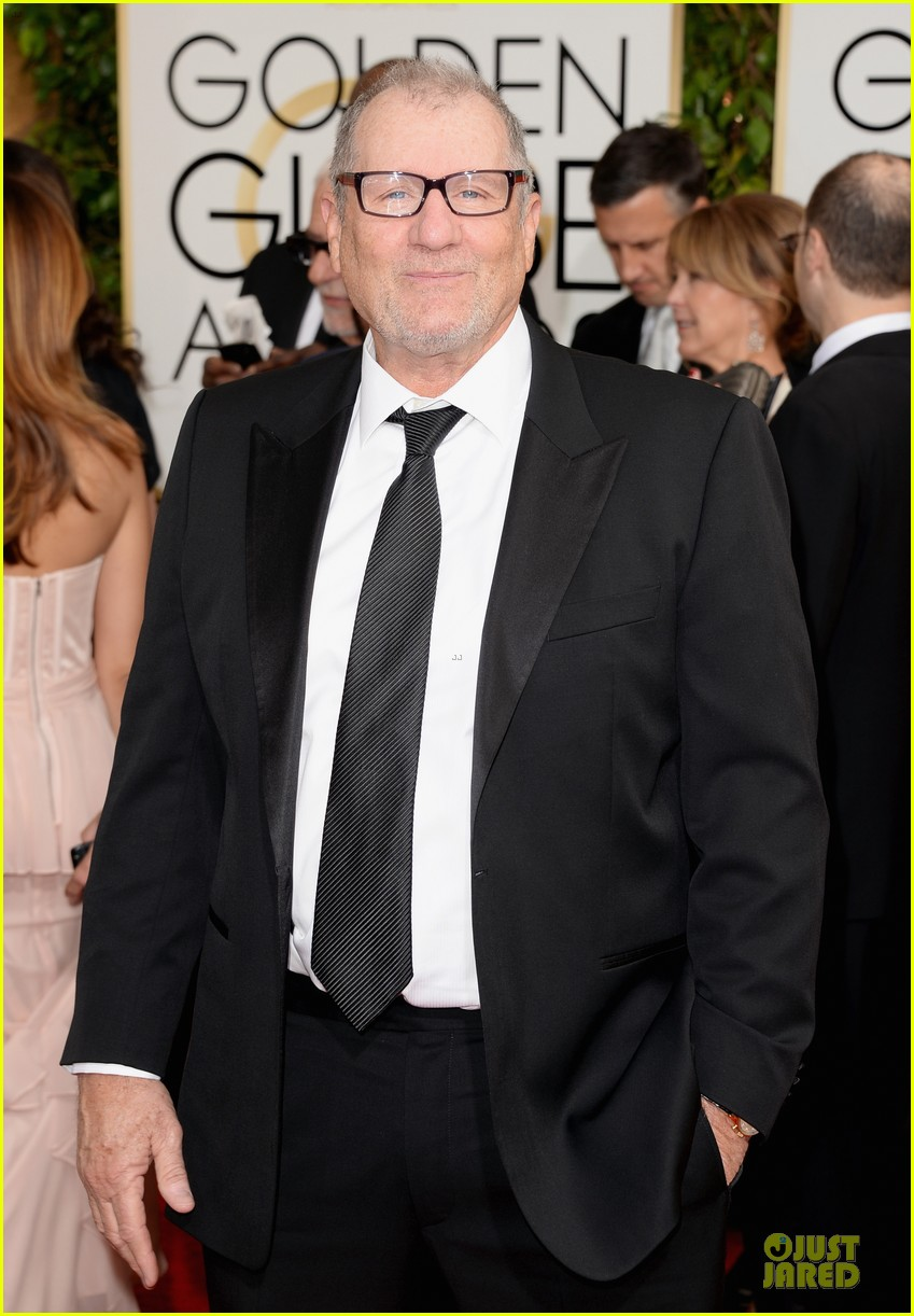 ty burrell ed oneill golden globes 2014 red carpet 023029776