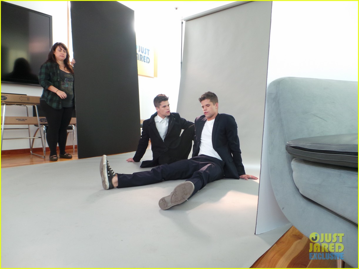 teen wolf max charlie carver jj spotlight of the week behind the scenes pics 073042983