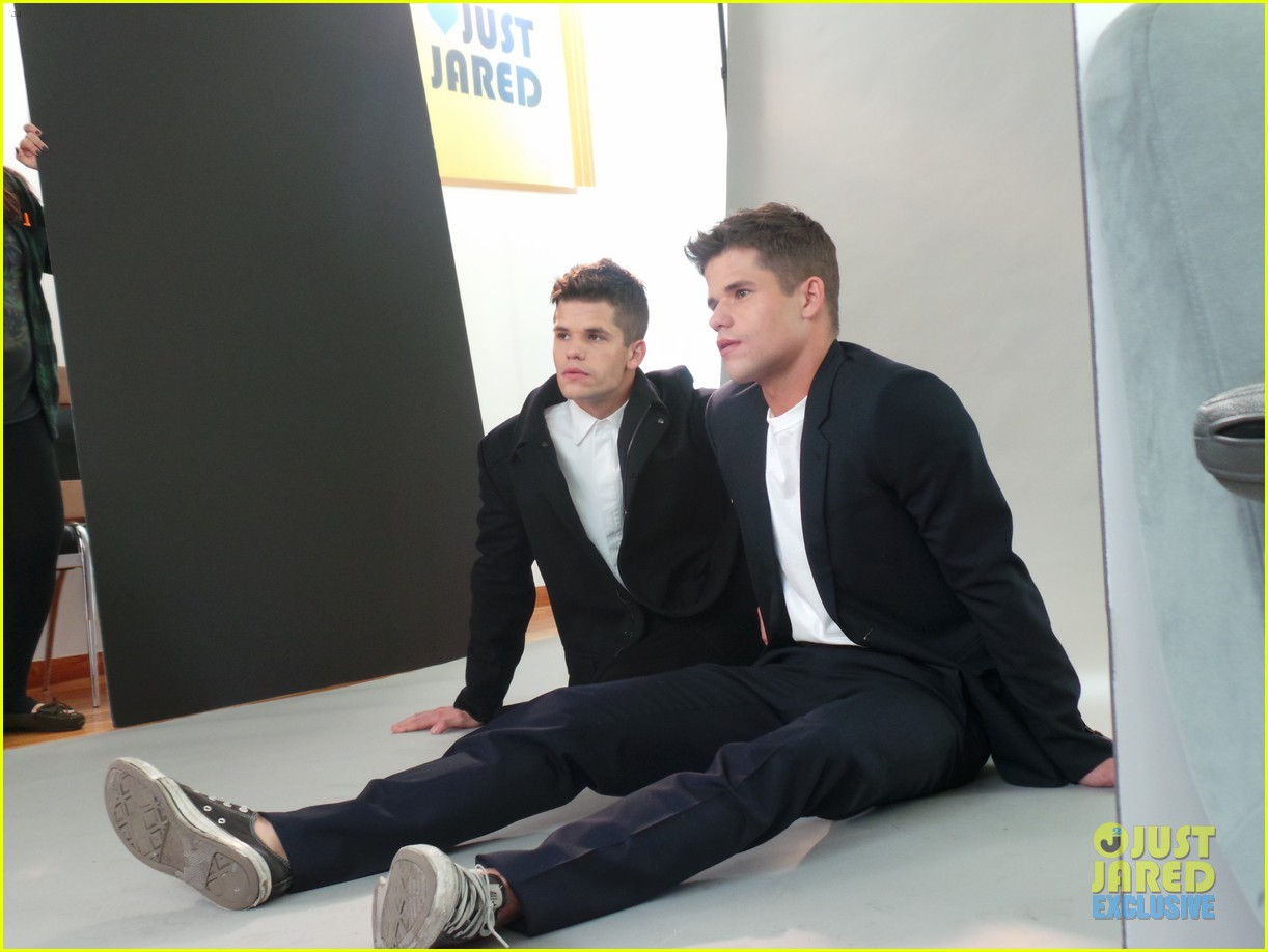 teen wolf max charlie carver jj spotlight of the week behind the scenes pics 083042984