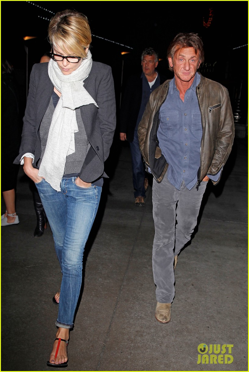 charlize theron sean penn movie date night 103024569