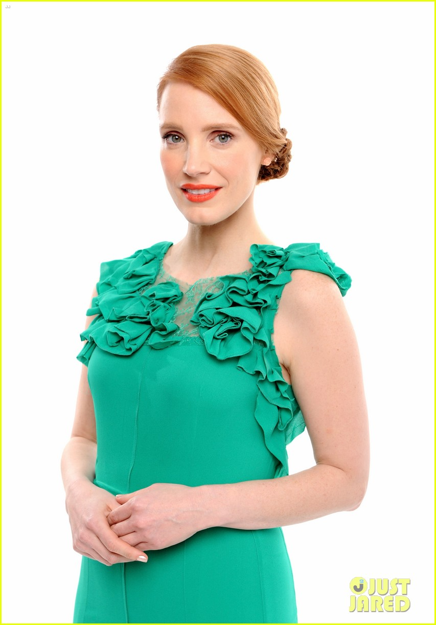 jessica chastain critics choice movie awards 2014 red carpet 04