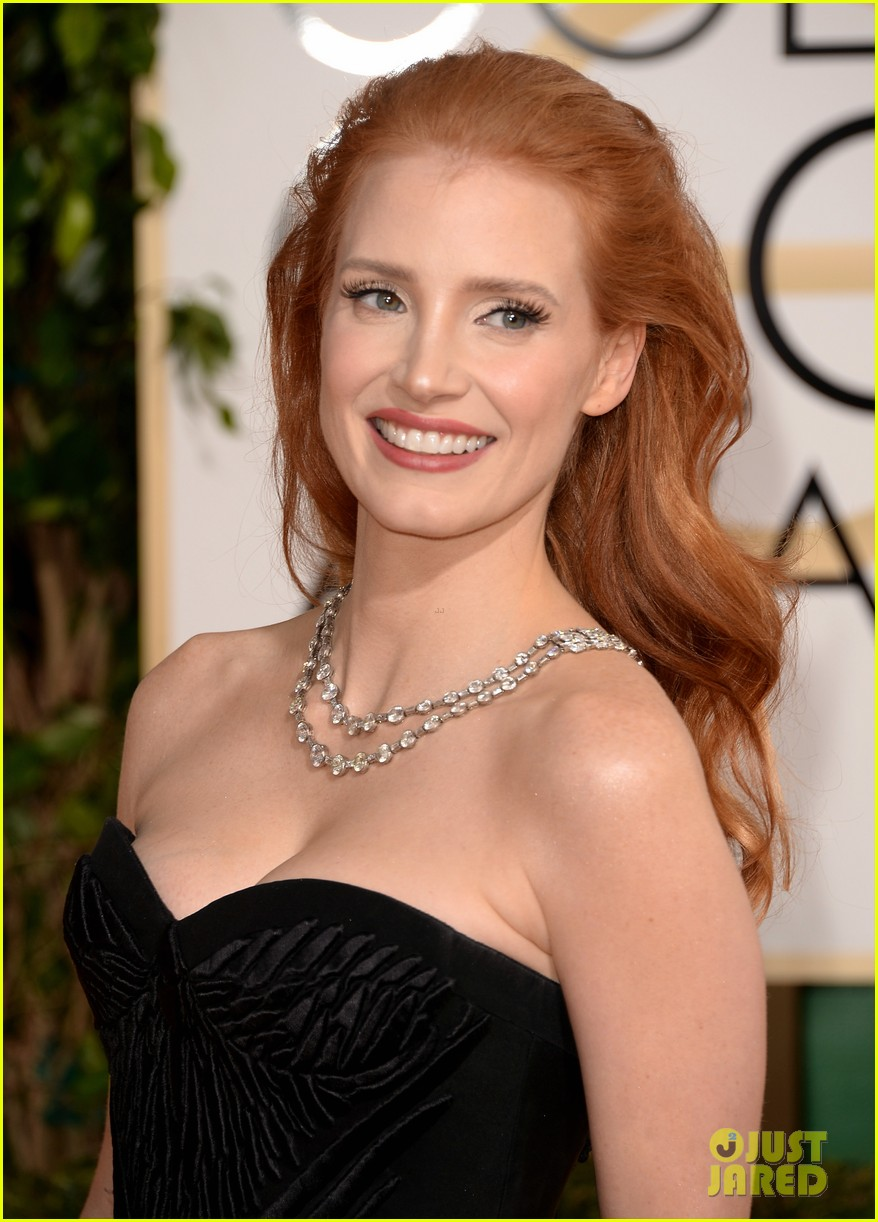 jessica chastain golden globes 2014 red carpet 01