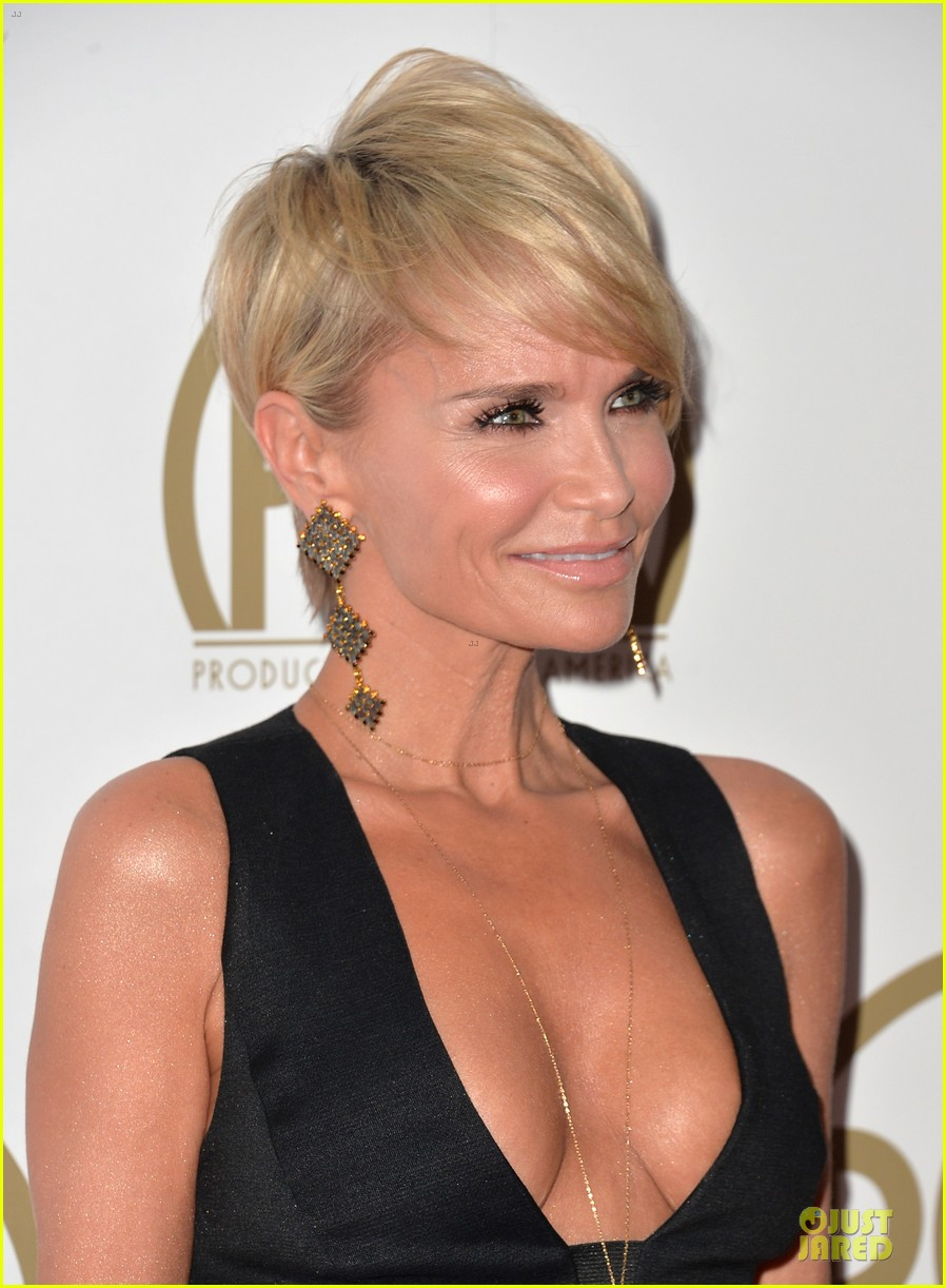 kristin chenoweth producers guild awards 2014 red carpet 103035905