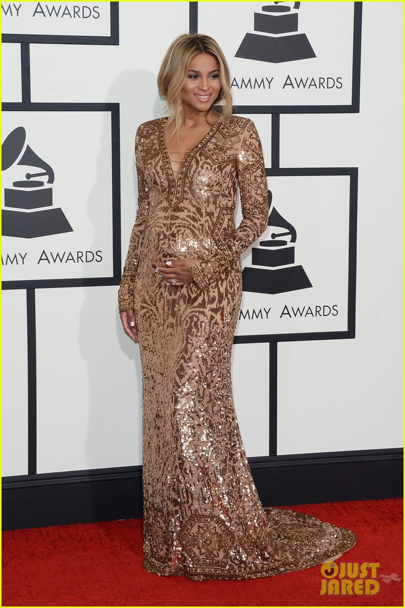 pregnant ciara grammys 2014 red carpet 033041179
