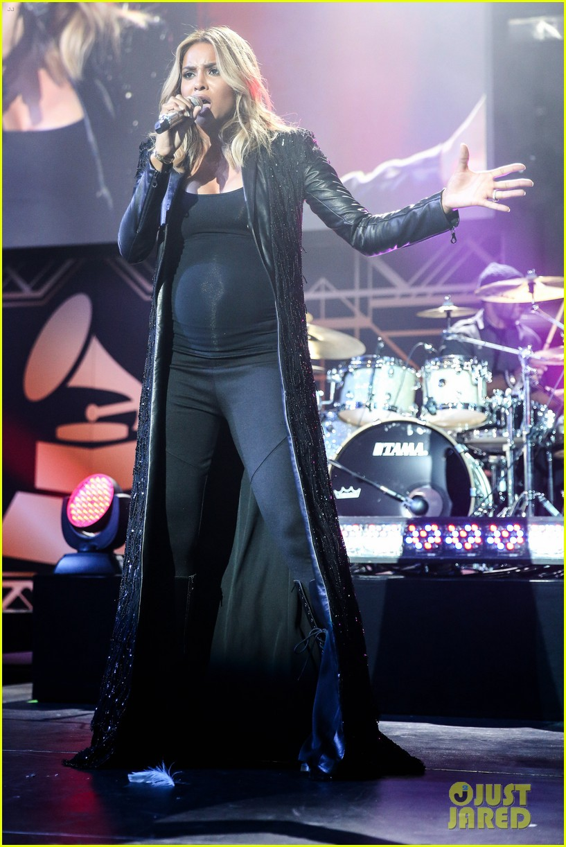 pregnant ciara performs at official grammys 2014 after party 01