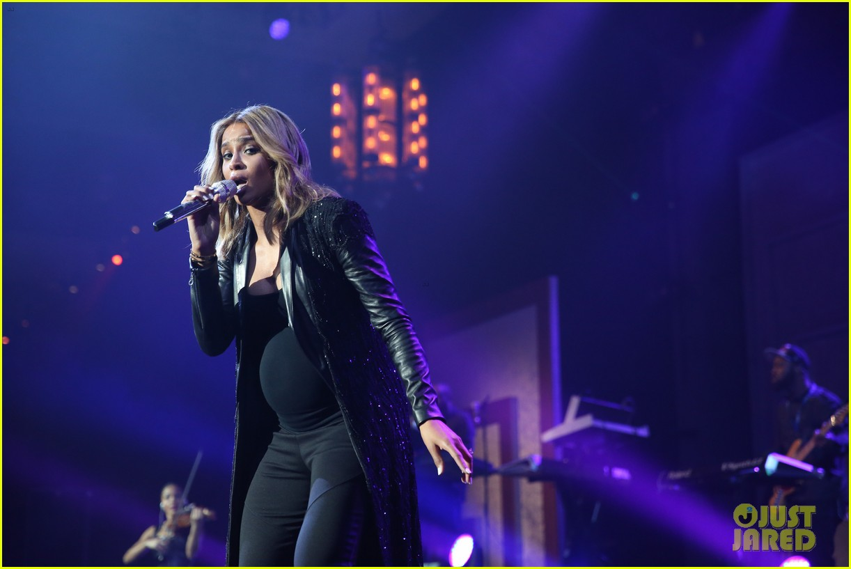 pregnant ciara performs at official grammys 2014 after party 06