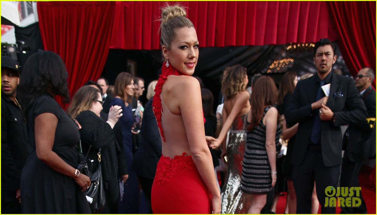 colbie caillat grammys 2014 red carpet 05