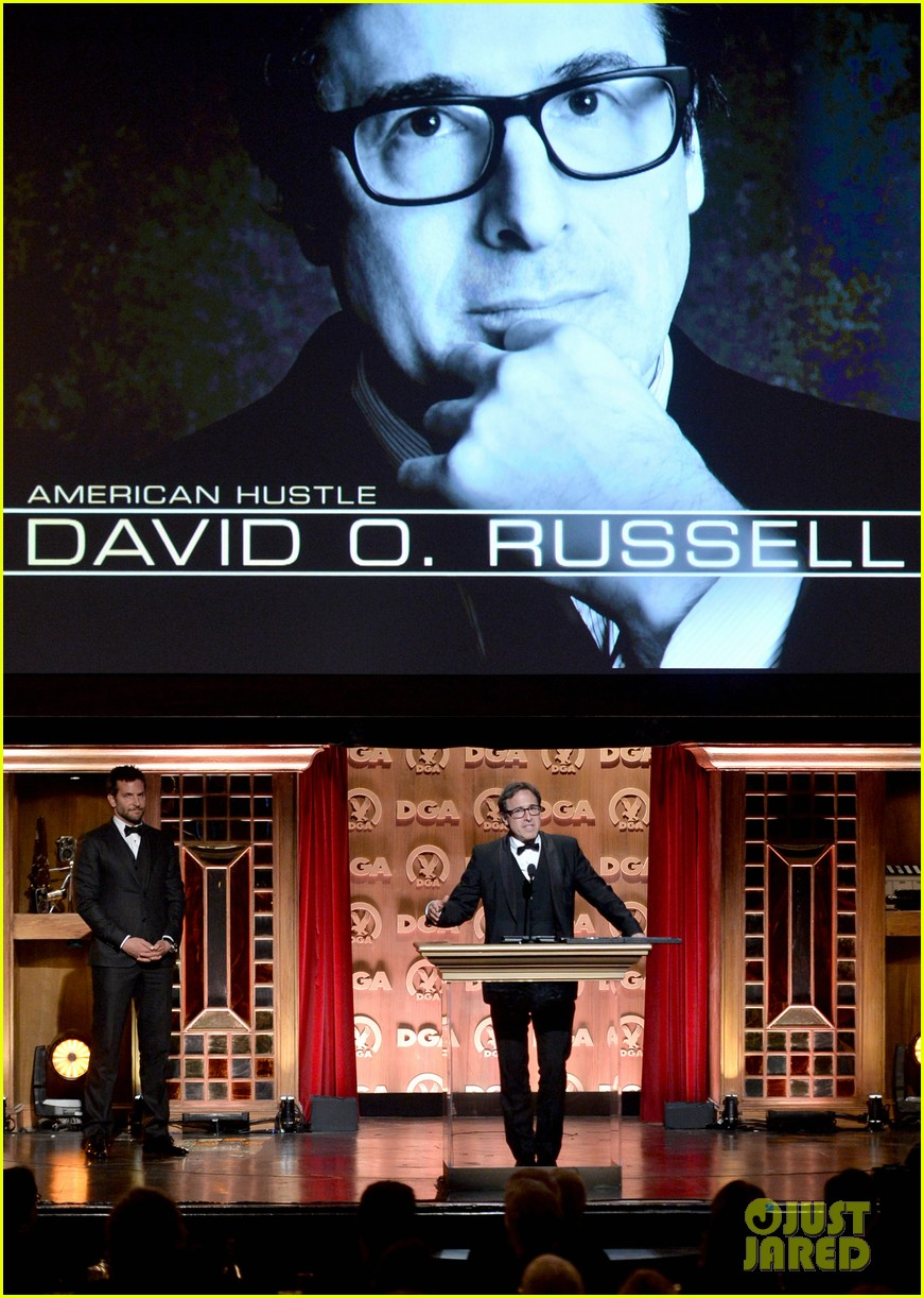 bradley cooper honors david o russell at dga awards 2014 033040362