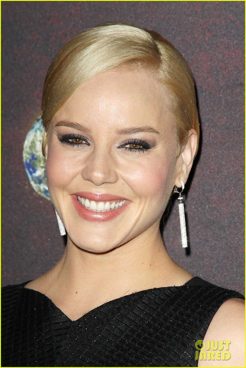 abbie cornish richard madden klondike new york premiere 28