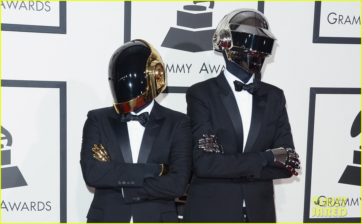 daft punk grammys 2014 red carpet 05
