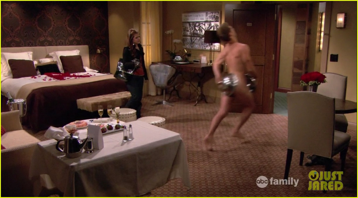 matt dallas goes shirtless on baby daddy 11