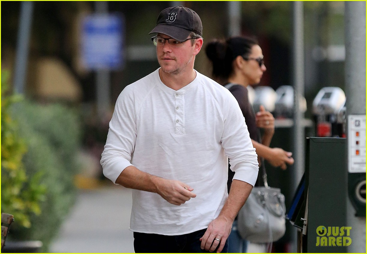 matt damon to make first jimmy kimmel appearance since hijacking the show 02