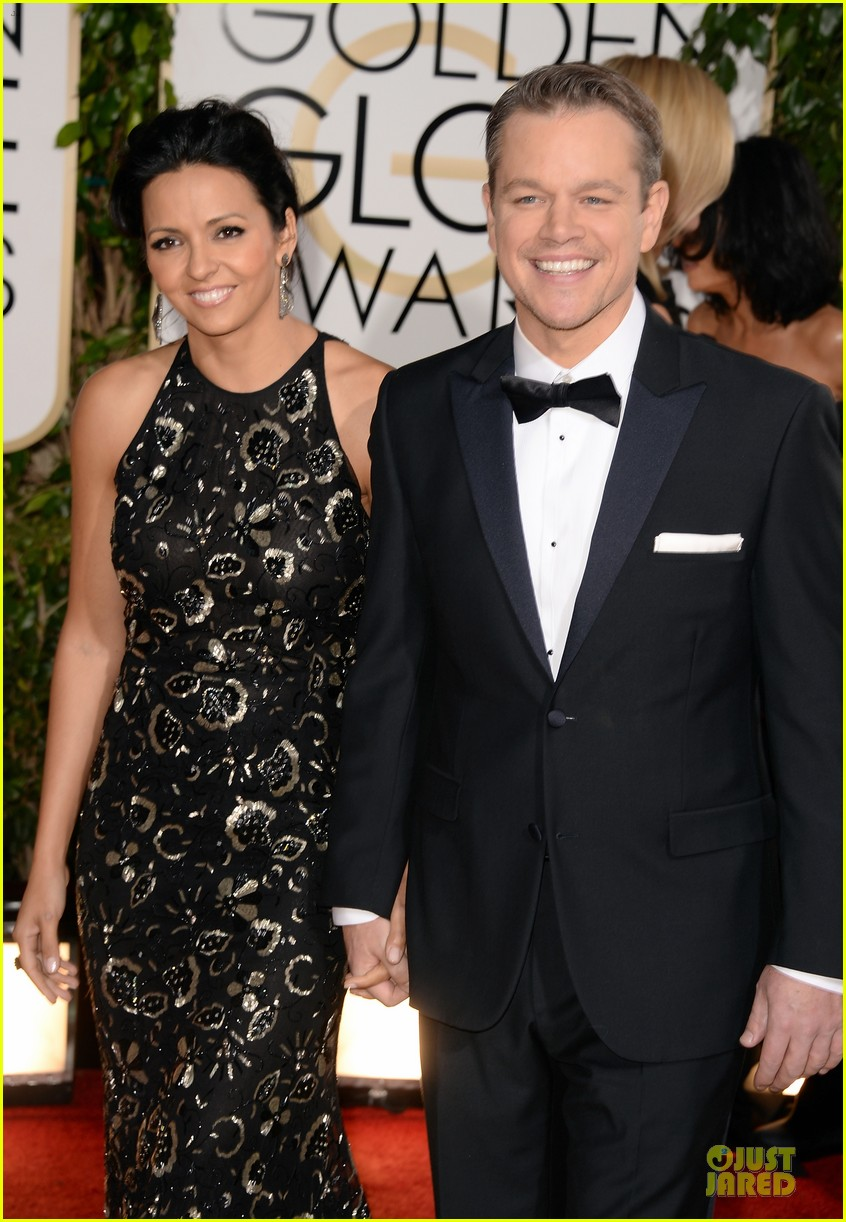 matt damon golden globes 2014 with wife luciana 023029478