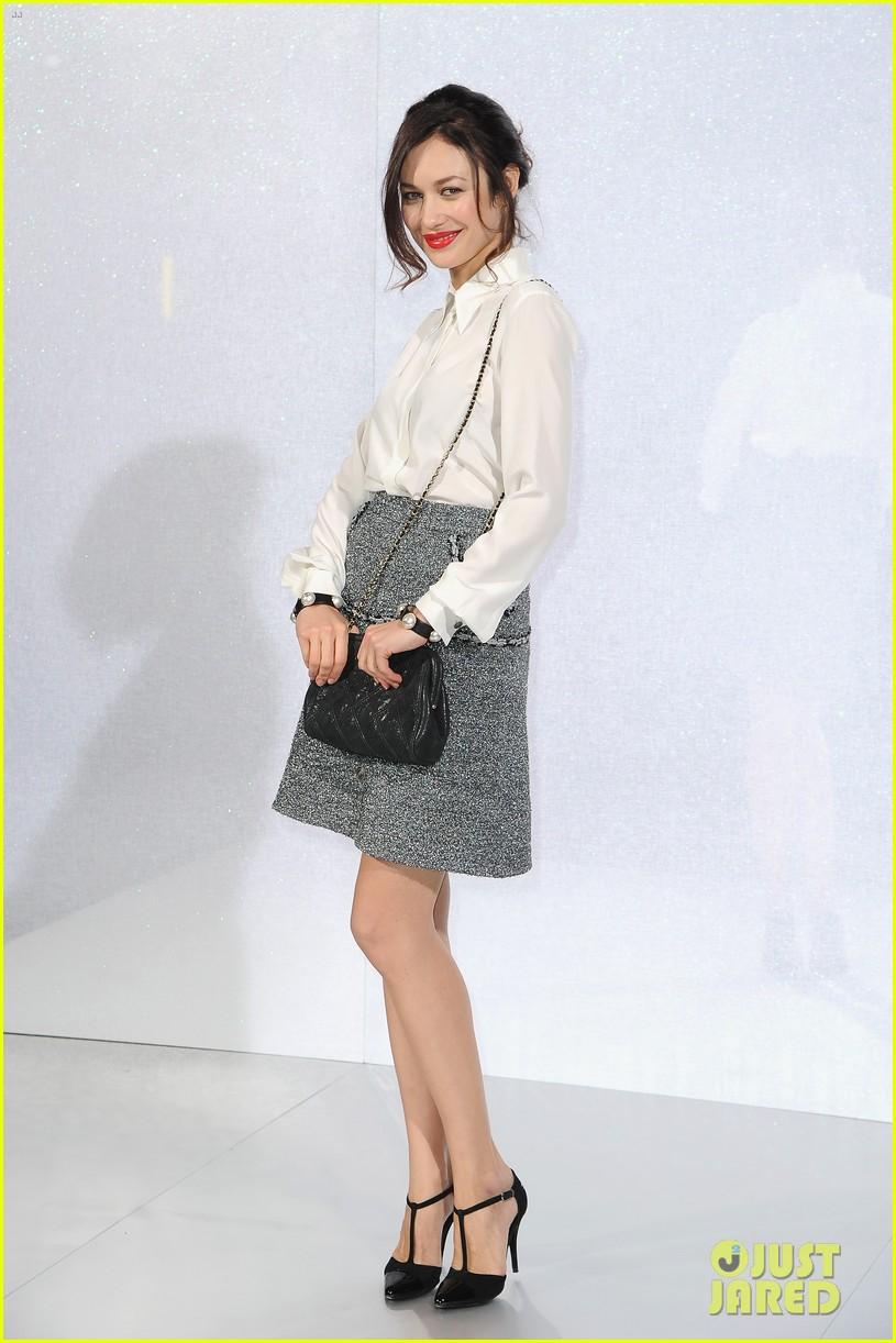 cara delevingne tilda swinton chanel paris fashion show 04