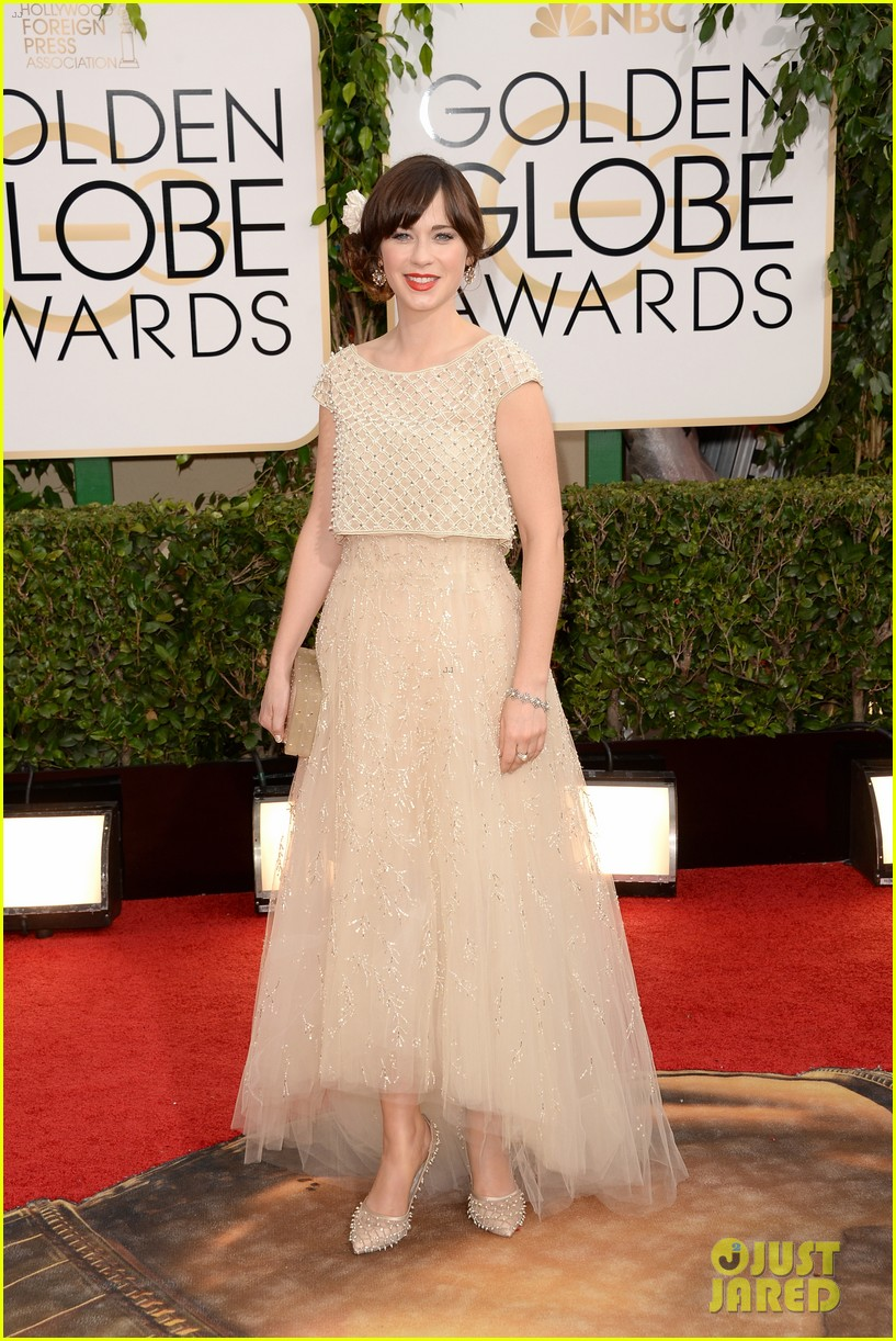 zooey deschanel golden globes 2014 red carpet 013029097