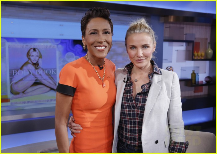 cameron diaz lena dunham meet at good morning america 09