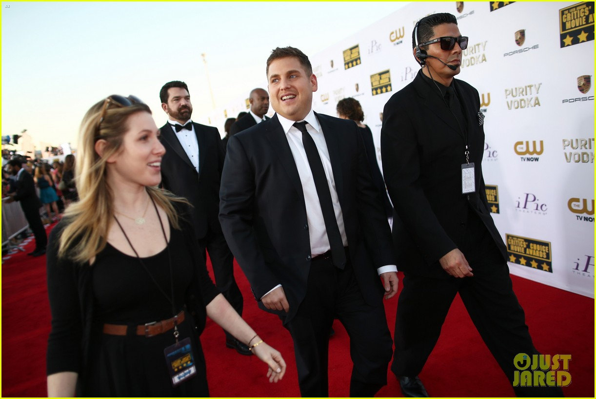 leonardo dicaprio jonah hill critics choice awards 2014 073032969